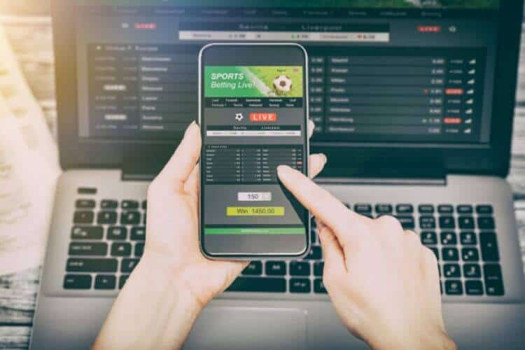 Cá cược bóng đá trên điện thoại